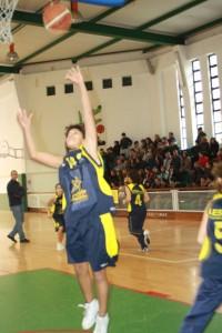 Basquetebol-Equipa de sub-14 do G.D. Escola Maria Alberta Menéres, do Algueirão entra a vencer no Torneio Nacional