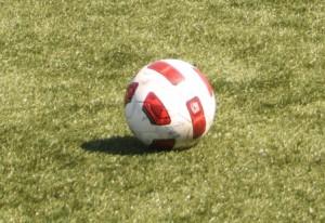 Futebol- 1.º de Dezembro aumenta vantagem na Série, do nacional da 3.ª divisão