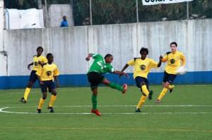 """Futebol- Juniores """"A"""" da AFL; Lourel vence Sintrense na Divisão de Honra"""