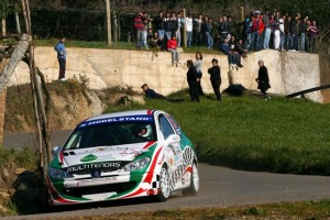 Automobilismo- Inicio de época com um 2.º lugar para a dupla de Sintra, Gil Antunes/Carlos Ramiro