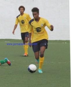 Futebol- Sintrense bate Cascais (4-2) nos Juniores-A, da AFL e encurta distância para o líder