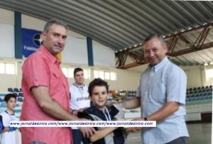 Hóquei- Equipa de Benjamins do HC Sintra, recebe troféu e medalhas de campeões 2012/2013