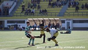 Mem Martins e Lourel empatam (1-1) em Juniores A