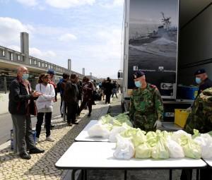 Marinha ultrapassa as 10 mil refeições fornecidas a pessoas sem abrigo