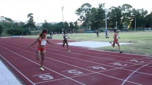 Vera Barbosa (SCP) em destaque nos 500 m., planos, na pista do Jamor