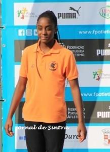 Leonor Ferreira (MCP) campeã nacional dos 300 m Planos (sub 18)