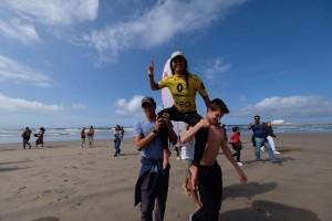 Teresa Bonvalot é a campeã nacional de surf de 2020