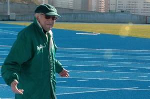 A Federação Portuguesa de Atletismo recorda o Prof. Mário Moniz Pereira, que faria hoje 100 anos